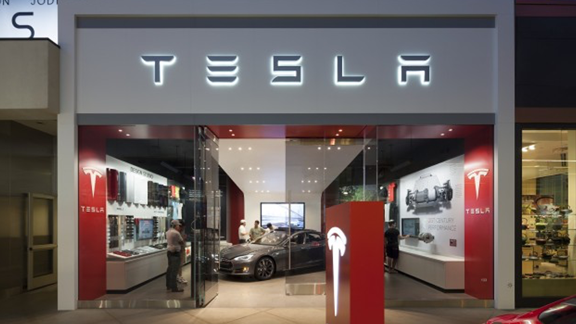 TESLA ANNOUNCES CLOSURE OF STORES. ALL CAR SALES WILL NOW HAPPEN ONLINE