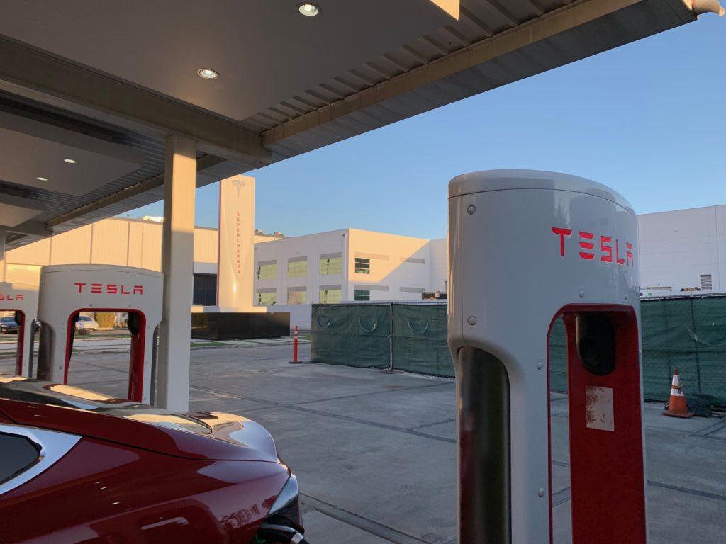 tesla-supercharger-v3-la-design-center-5-1024x768.jpg