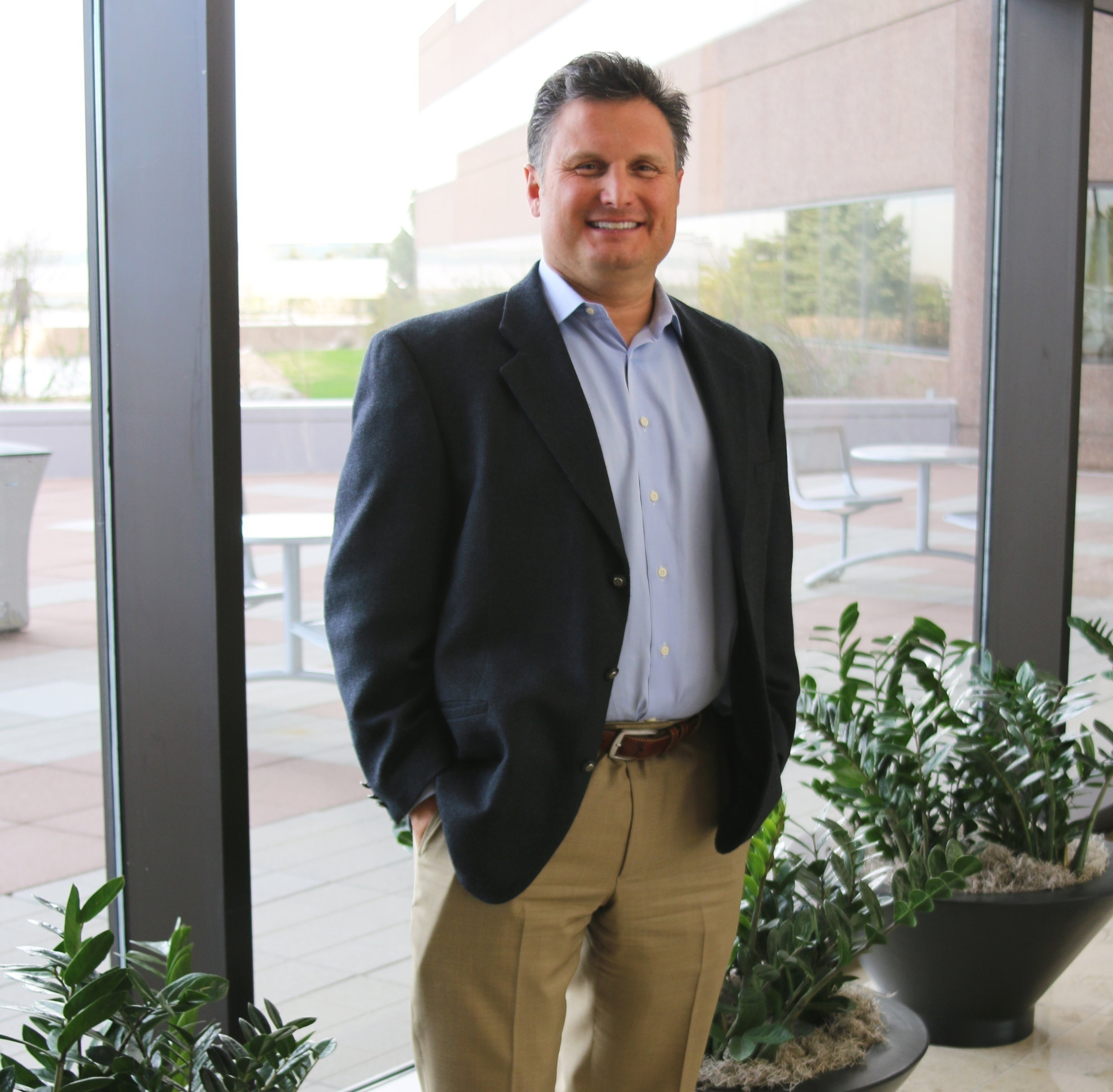 Mike Oswald,  Senior Loan Originator of  New American Funding  NMLS# 261003
