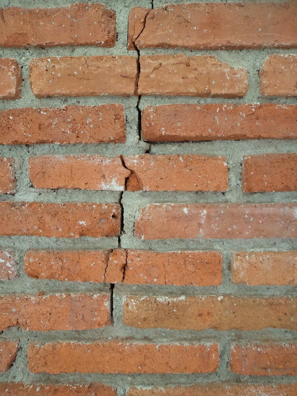 brick-215779_1280.jpg