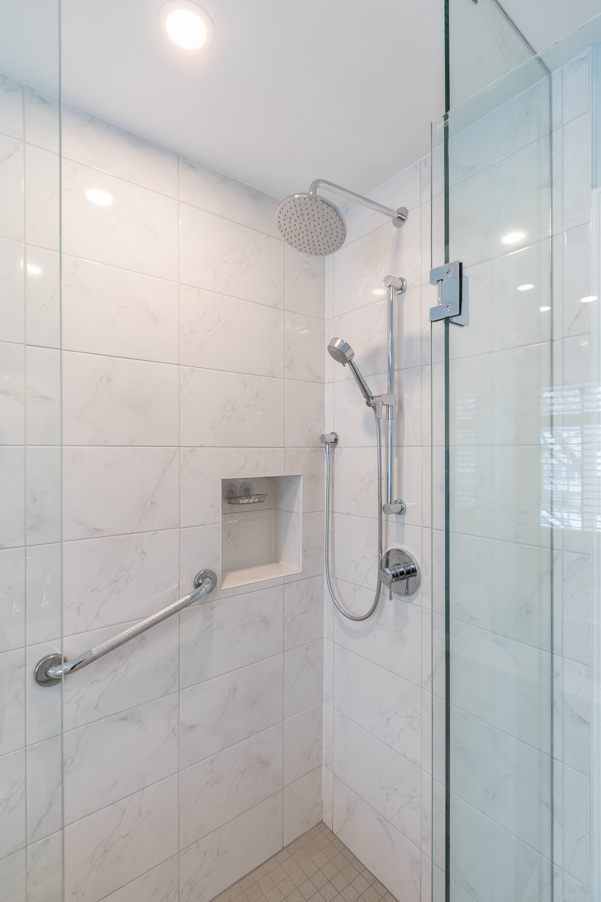 Pros And Cons Of Converting Your Tub To A Walk In Shower Multi Trade Building Services