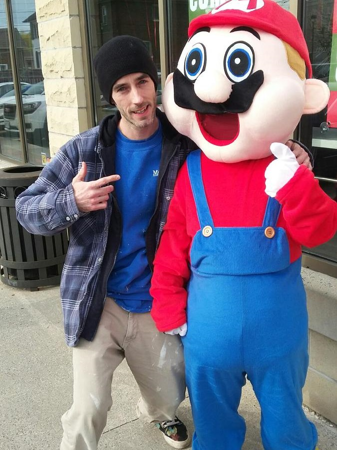 Taking a break at lunch and meeting up with Super Mario!