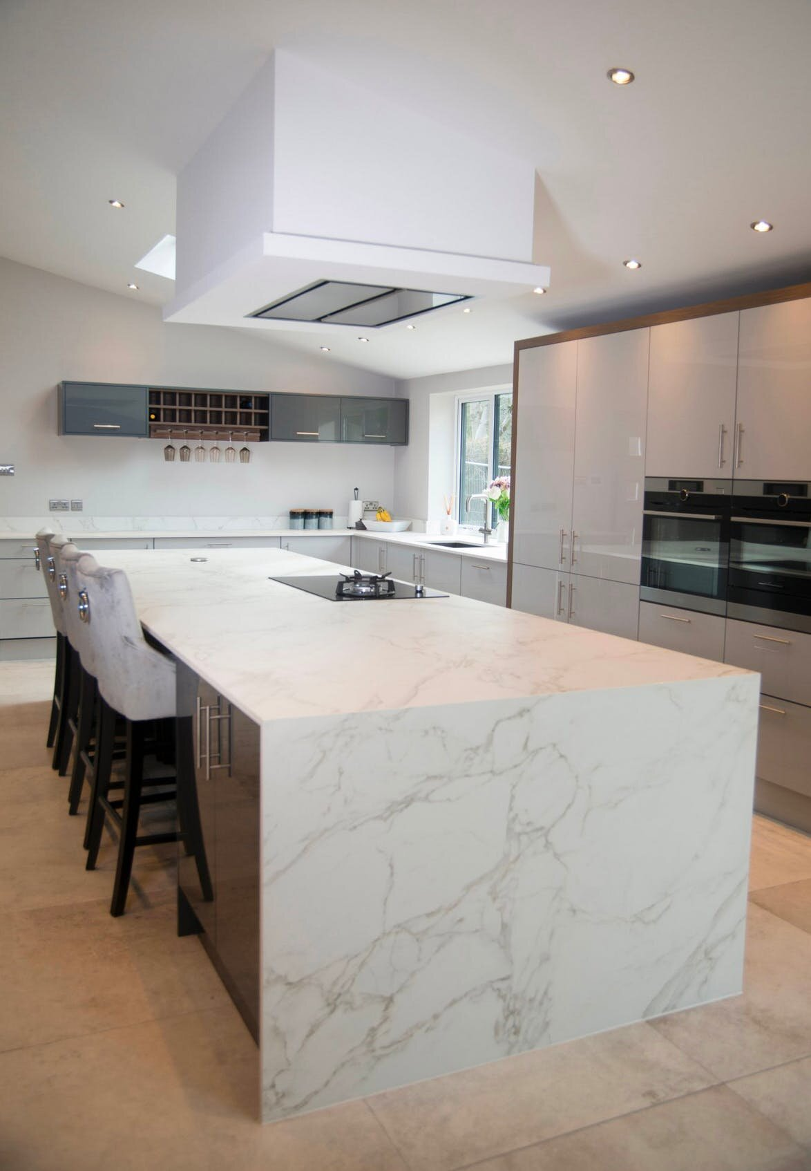 The Beauty Of A Waterfall Countertop