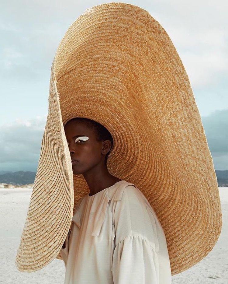 Jacquemus-hat.jpg