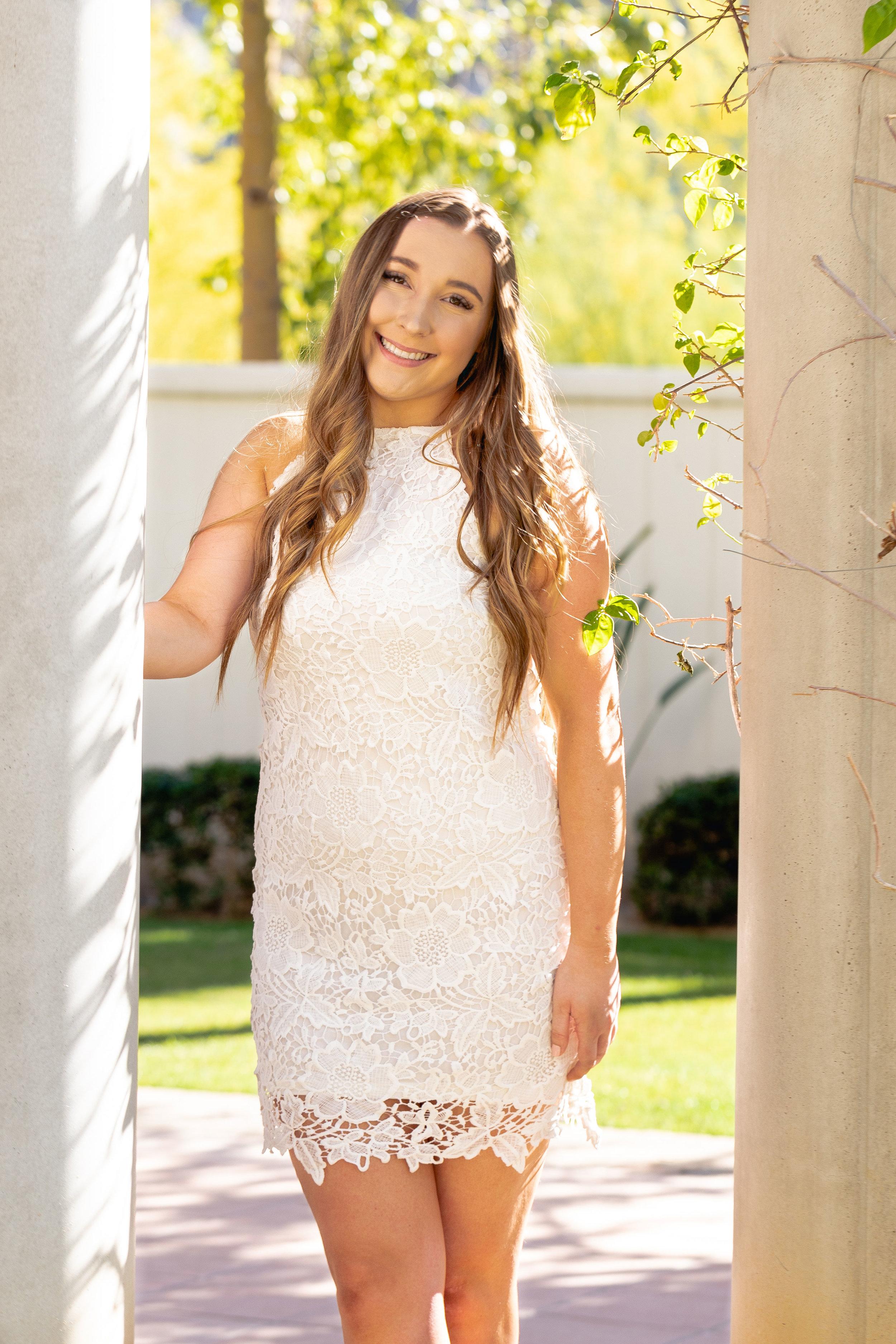 Natalie-2019-Grad-18.jpg