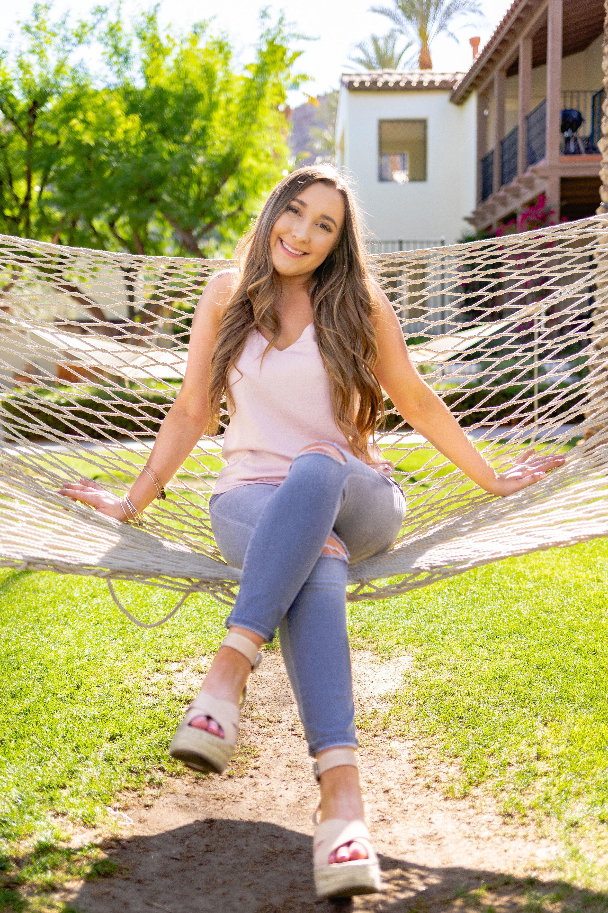 Natalie-2019-Grad-11.jpg