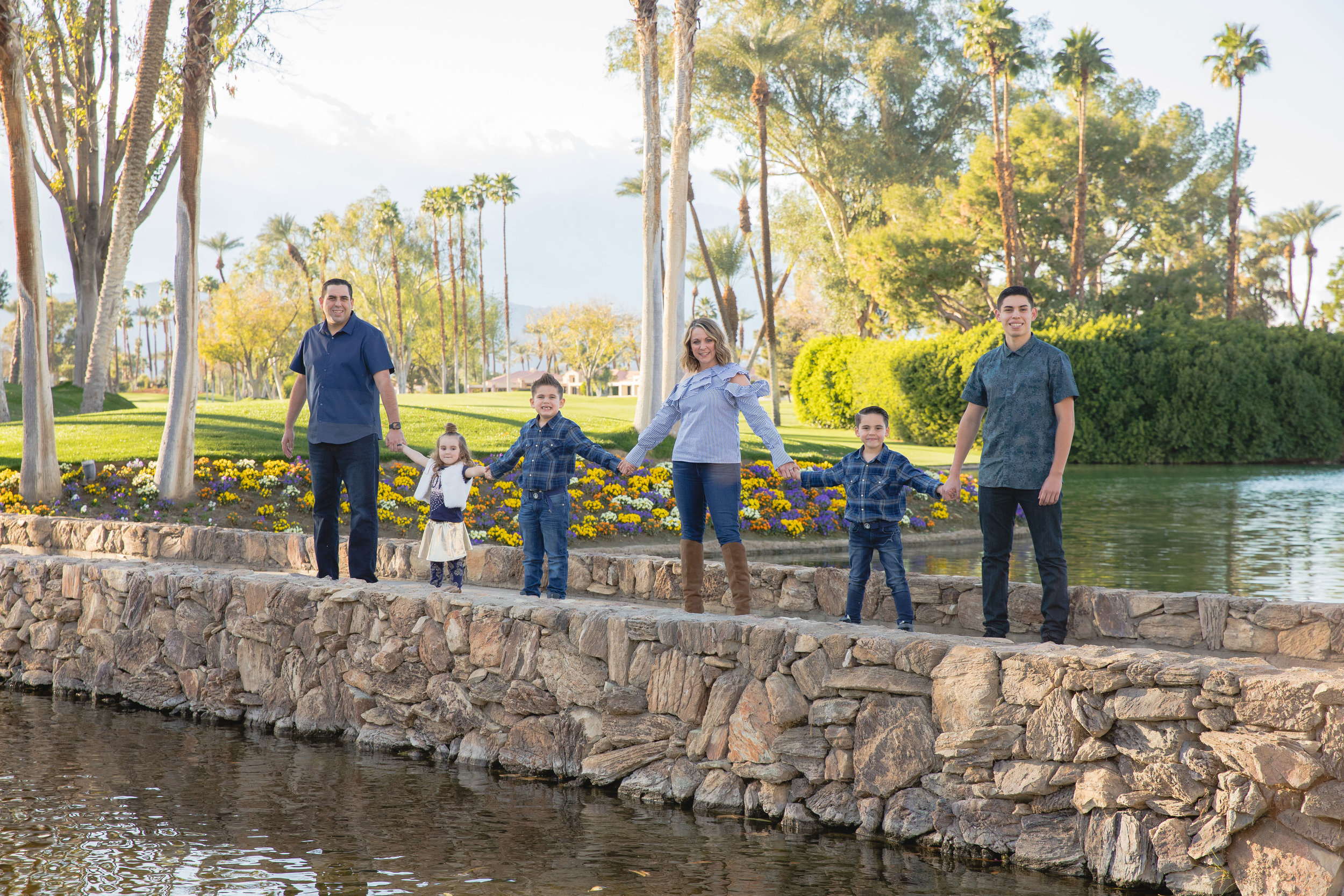 FAMILY PICTURES -