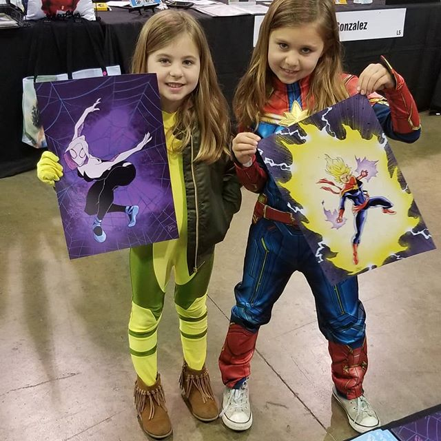 My first showing was so much fun! Thanks to everyone who stopped by.  So happy these two got to pick up some of my art. They came by 3 times before deciding my work was what they wanted. Thanks again!! . . #comicconrevolution #marvelcomics #spidergwen #captainmarvel