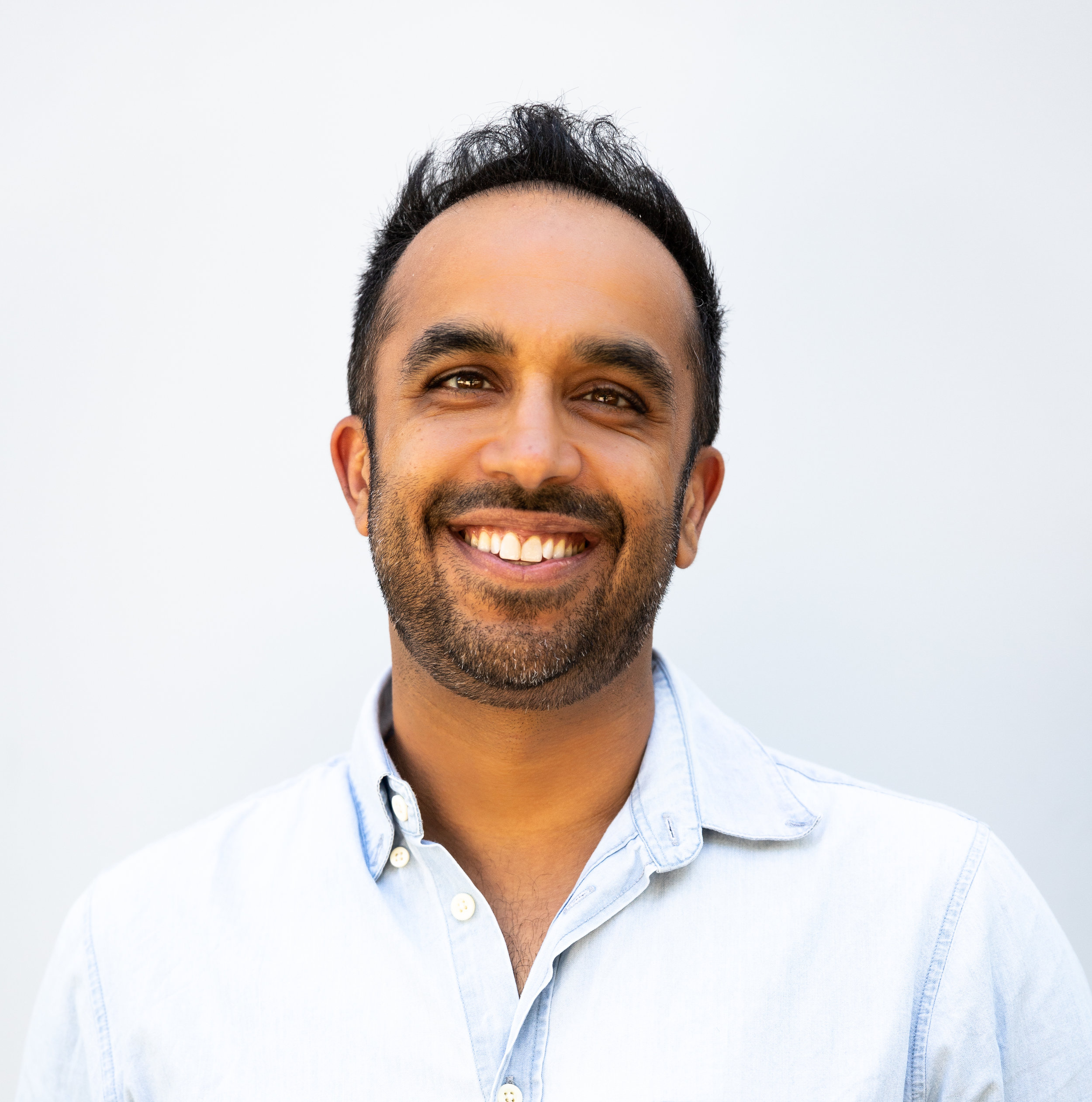 Neil Pasricha Photo by Leia Vita.jpg