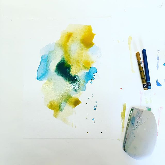 Work in progress 😉! Nouvelles recherches et tests de couleurs en vue d'une nouvelle série de peintures ... #fredrixcanvas #createmagazine #emergingart #emergingartist #artprocess #processart #painting #supplies #studioscenes #abstractart #abstrait #art #artwork #canvaspad #pastelpainting #contemporaryart #artoninstagram #jenesieart #jenesieartstudio