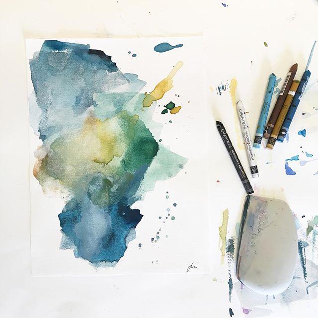 Cette après-midi dans l'atelier : la nouvelle série prend forme 🙂. J'aime beaucoup travailler cette palette de couleurs, inspiration nature et fraîcheur ... #decorationinterieur #artcollectors #artprocess #processart #createmagazine #fredrixcanvas #abstractart #abstract #abstractartist #contemporary #contemporaryart #art #emerging #emergingart #emergingartist #femaleartist #inspiredbynature #creativelifehappylife #creative #playwithcolors #canvaspad #pastelpainting #studioscenes #supplies #workinprogress #gallery #artgallery #artlovers #artistoninstagram #artmagazine
