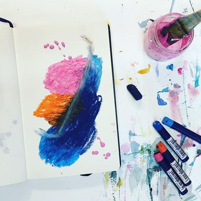 Session sketchs ce dimanche soir dans l'atelier. Un exercice presque indispensable pour l'élaboration et la construction de nouvelles peintures. Et puis, c'est un processus plutôt plaisant, il faut bien l'avouer 😋...