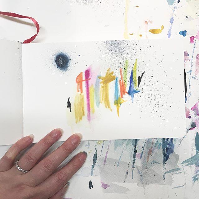 Mon carnet de croquis. J'aime être libre dans mon travail et laisser mes sens s'exprimer. Dans mes différents carnets, seule la liberté prime 🙂. Un petit sketch simple, haut en couleurs comme j'aime... #abstractwork #abstraction #expressionism #abstractsketch #markmaking #intuitiveart #instaartlovers #artistonig #newart #newartwork #originalart #emergingart #emergingartist #femaleartist #doitfortheprocess #sketchbooking #artjournaling #onepaintingaday #jenesieart #jenesieartstudio