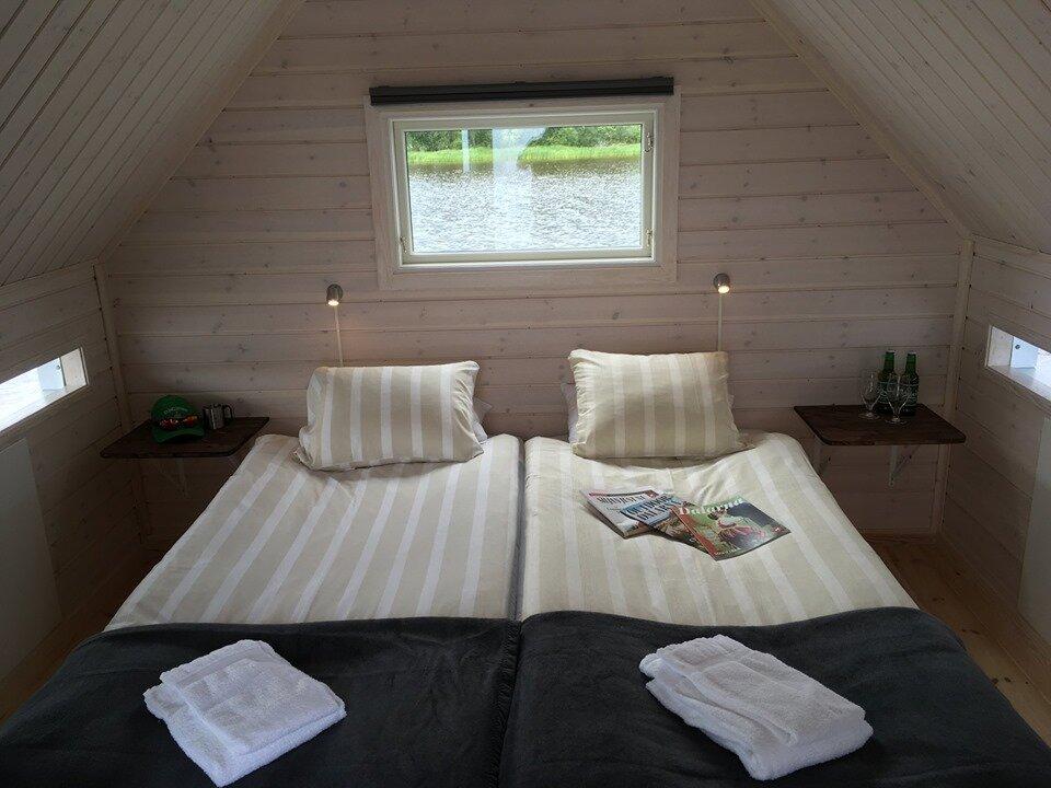 The Floating Hotel room. - >>> Kungshaga