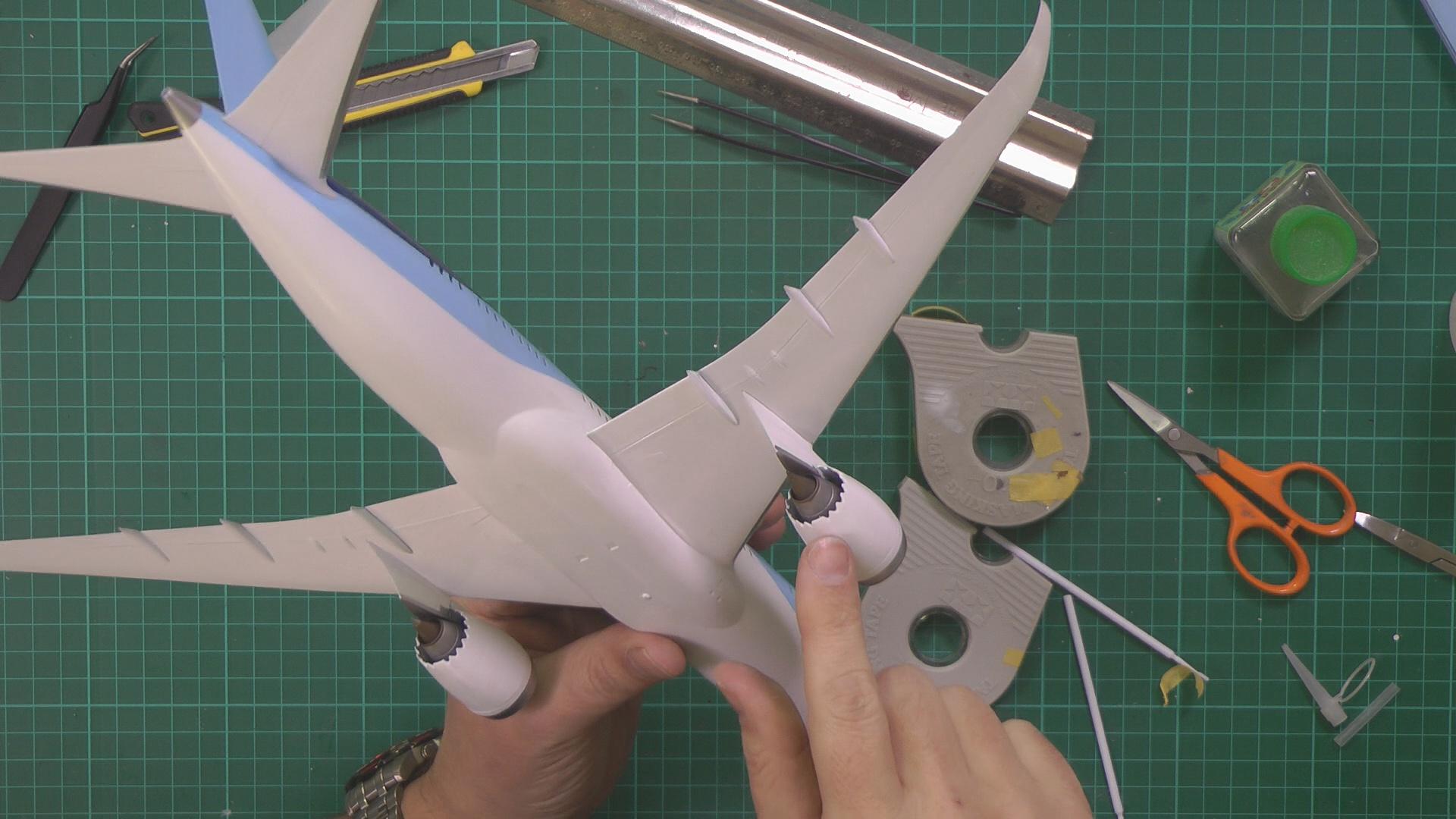Revell 787 Dreamliner Part 6 PIC 1.jpg