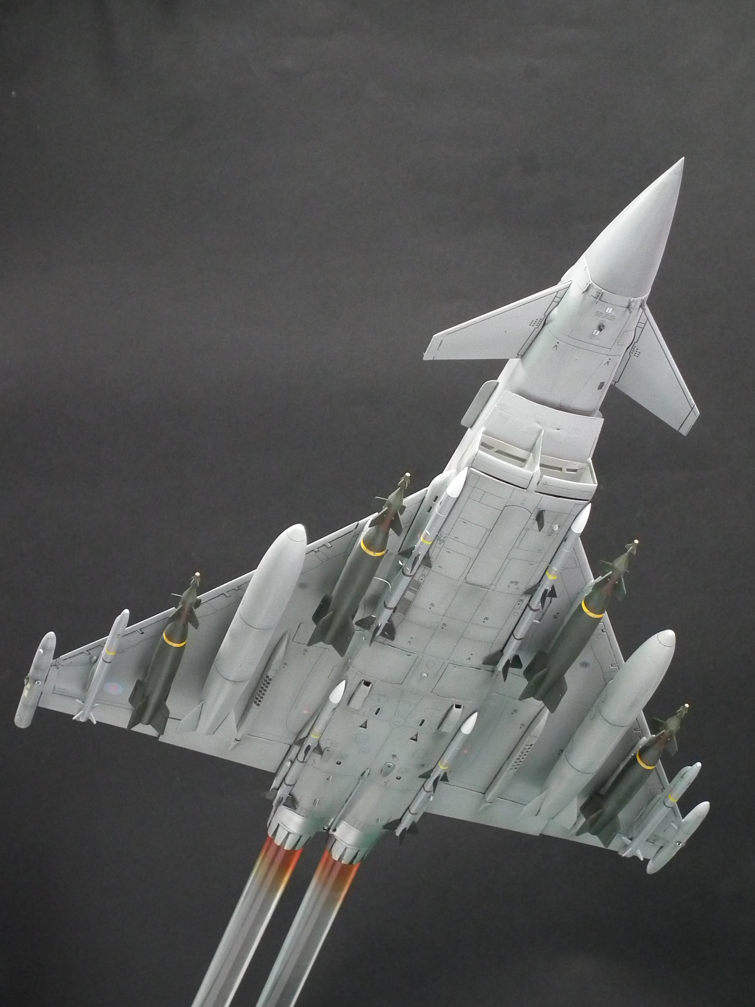 EF2000 12.JPG