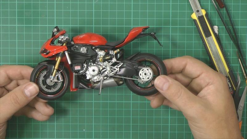 Ducati 1199 Part 7 pic 2_zpslv8ljzke.jpg