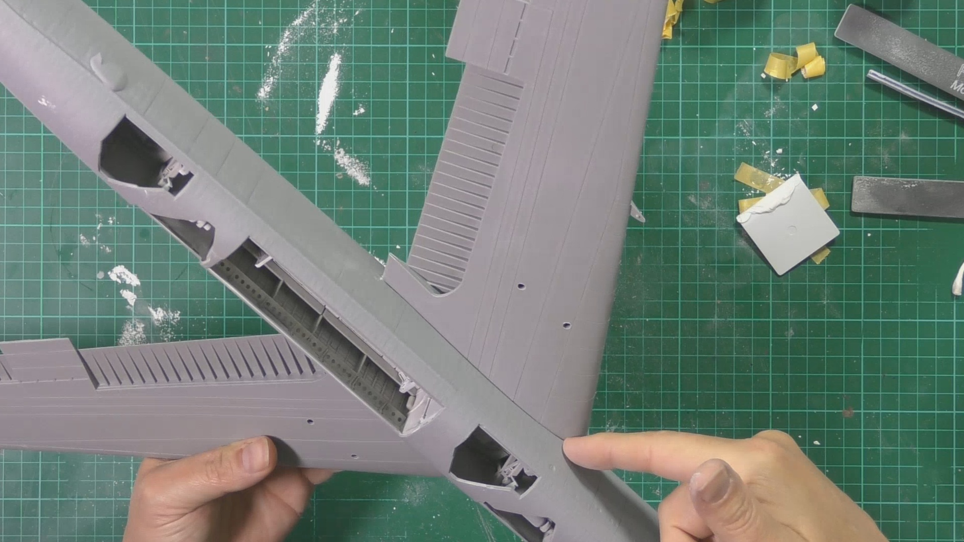 Model Collect B52 Part 7 Pic 5.jpg