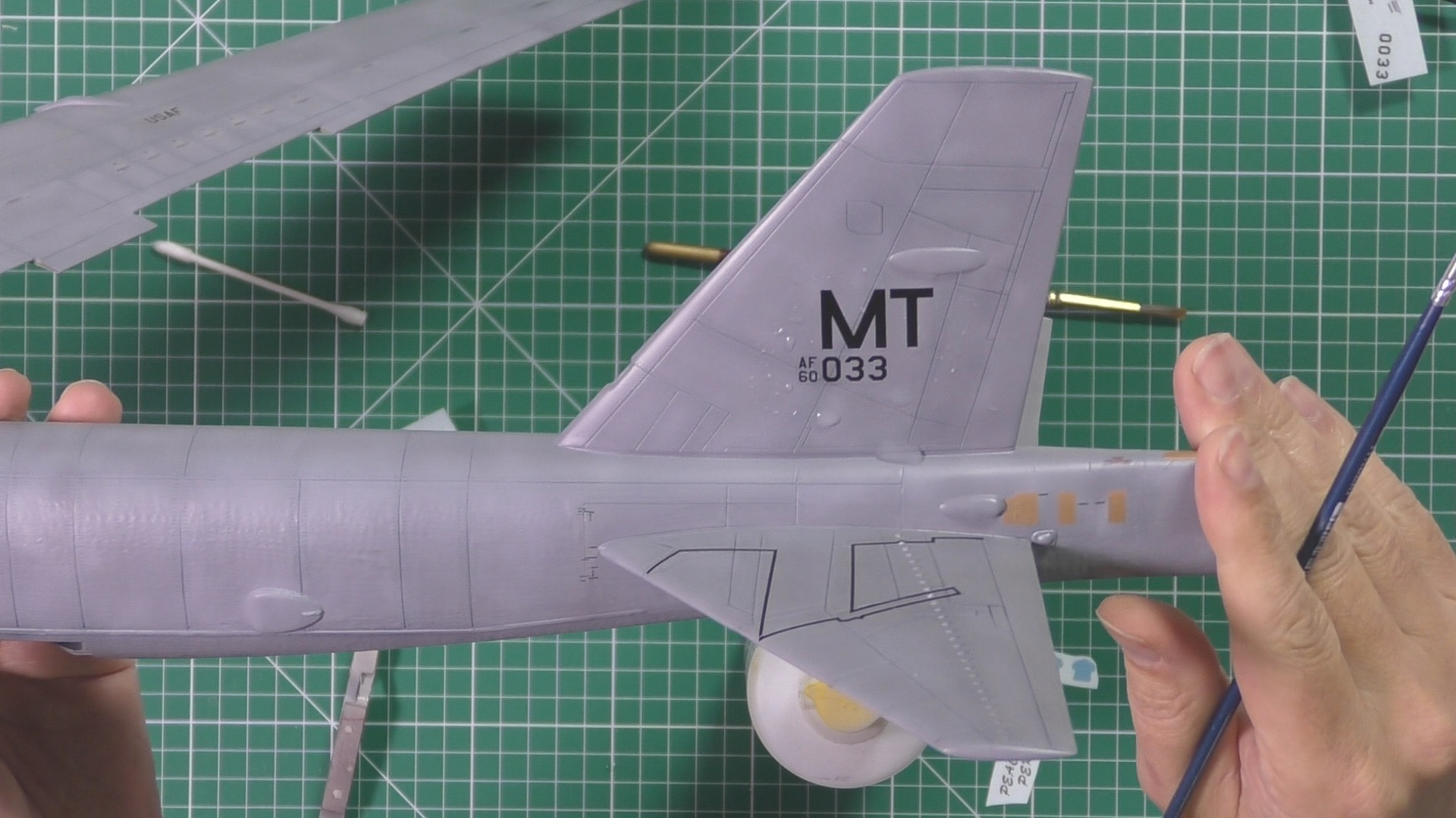 Model Collect B52 Part 10 Pic 1.jpg