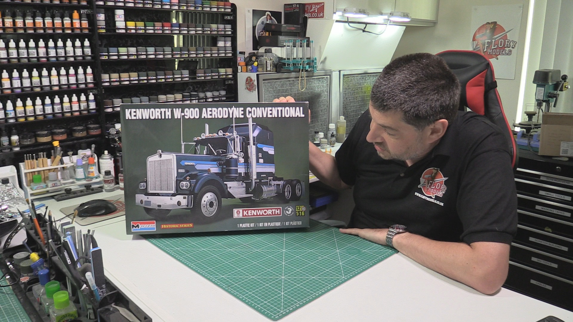 Kenworth W-900 Scale: 1/16   Manufacturer: Monogram   Parts used: Out Of The Box   Main paints used: Tamiya and Xtream Metals