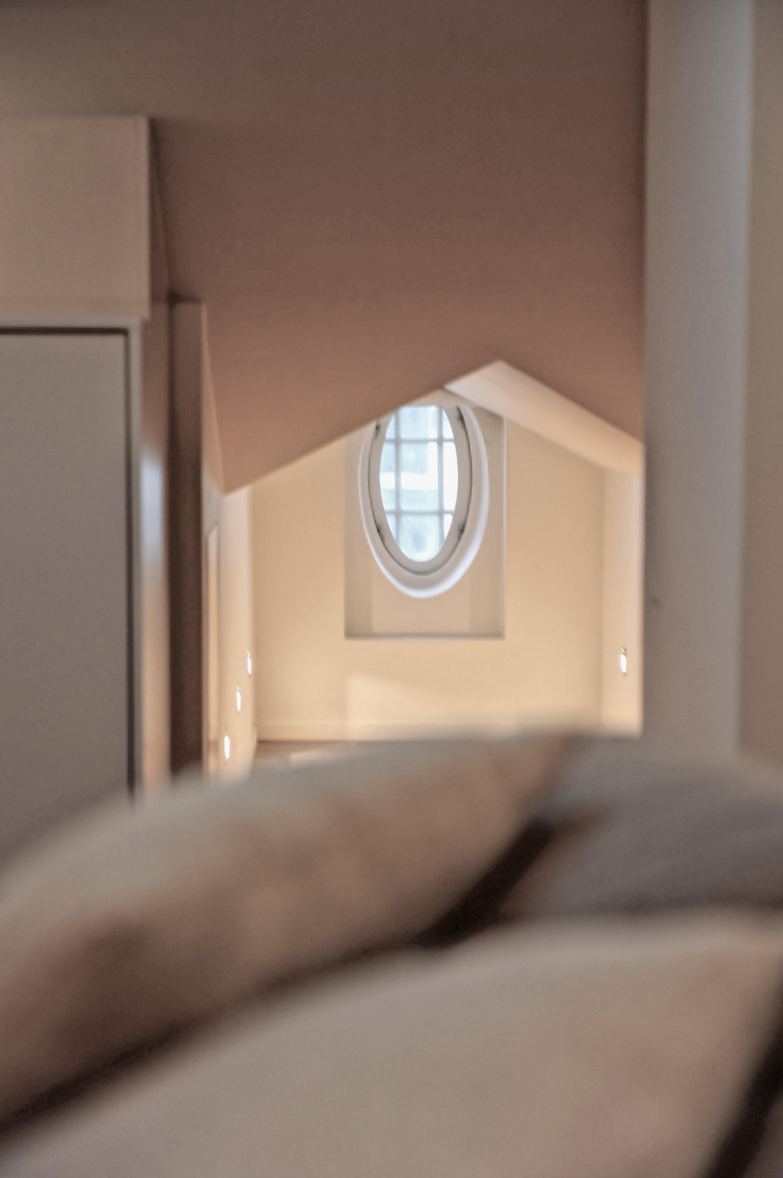 Tilasuunnittelu & sisustus - Tarjoamme projektiinne kaikki siihen tarvittavat suunnittelupalvelut, kumppaninamme ullanlinnalainen Helsinki Interiors. Korjausrakentamisessa kokenut ja arvostettu tilasuunnittelutoimisto auttaa teitä valitsemaan kohteeseenne oikeat materiaalit, valmistaa keittiö- ja pesutilasuunnitelmat sekä valitsee vaikka muutamia tilaanne sopivia seinävärejä, joista voitte tehdä mieleisenne valinnan.HELSINKI INTERIORSAnna Tiula +358505454707 office@helsinkiinteriors.comTehtaankatu 14, Helsinki
