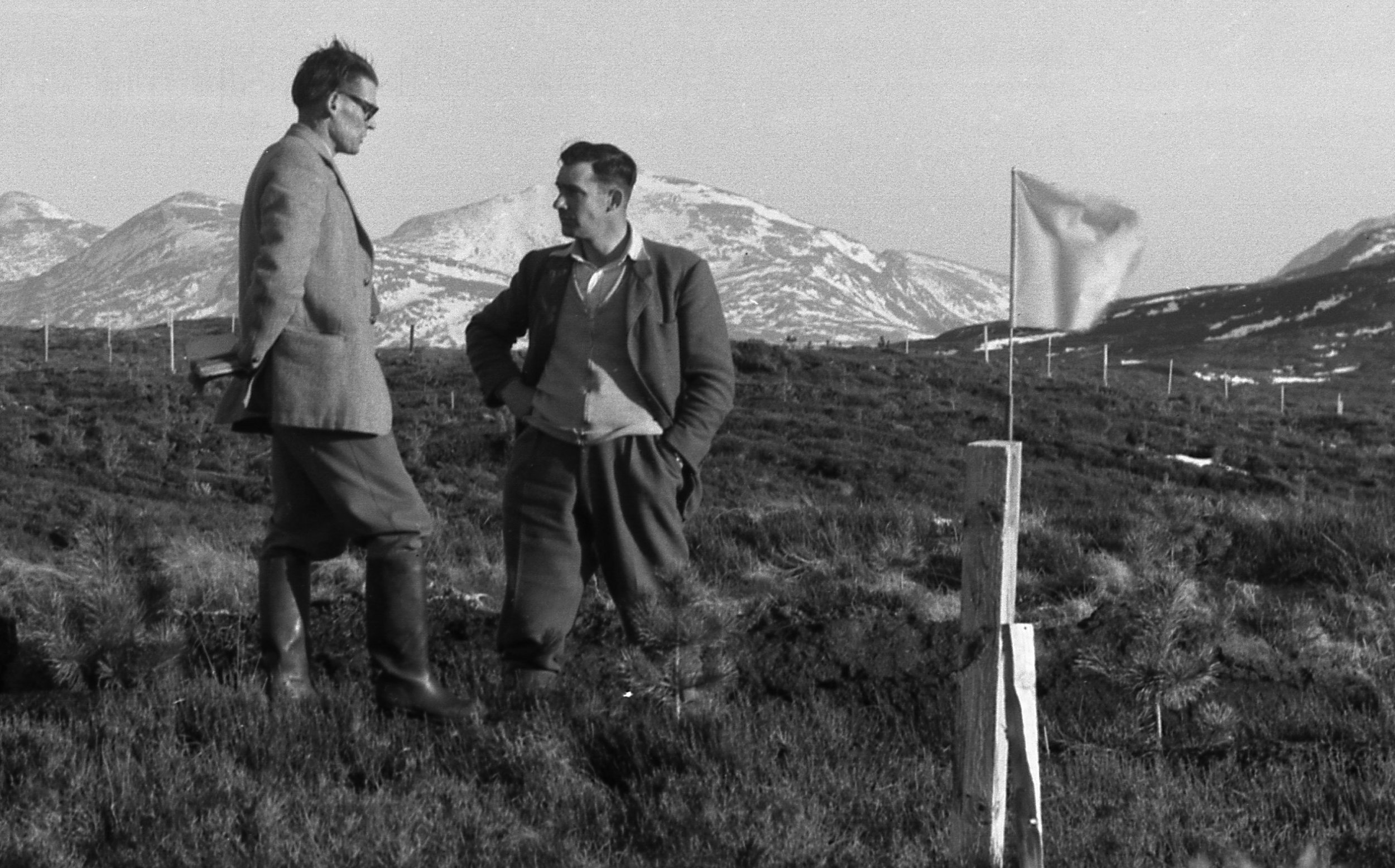 Commissioners survey some newly-acquired land, 1927