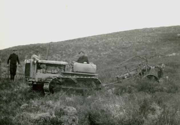 D4 tractor and Solotrac plough, 1944