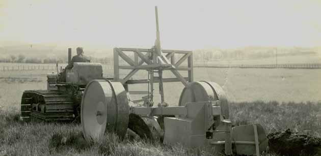 Cuthbertson 'F type' plough, 1944
