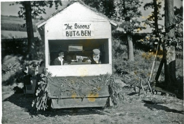 'The Broons' parade float, Peebles, 1950
