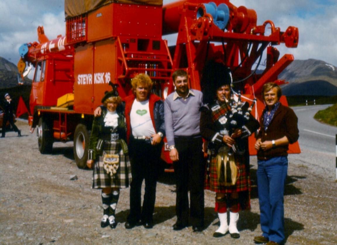 Hybrid Steyr crane and lorry, 1980