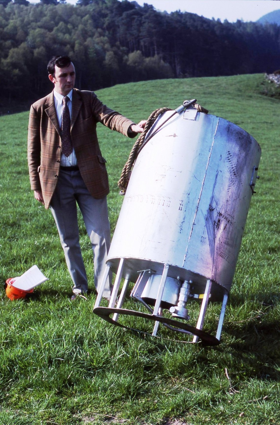 Helicopter bucket trial, 1984