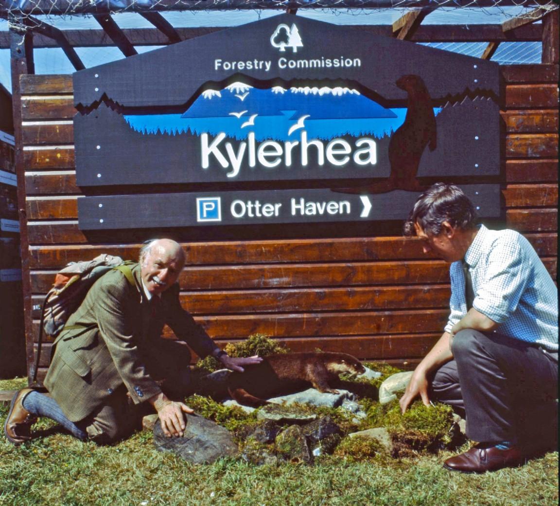 Naturalist Tom Weir visits Kylerhea otter hide, 1985