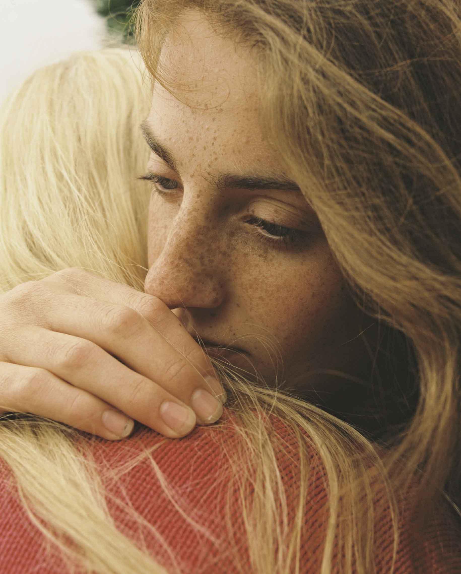 Lydia's hug for Billie Marten