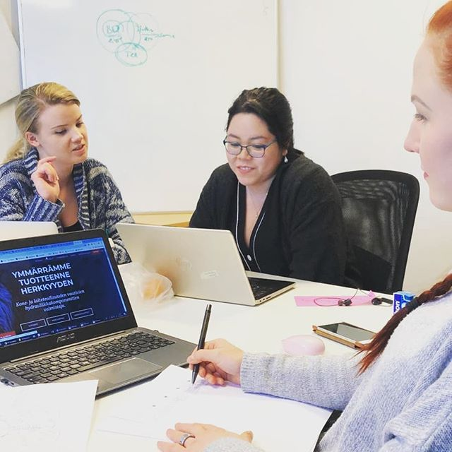 Did you know a big part of Growthmakers is working together with companies as growth teams? Few examples include  developing #growth hacking strategies, doing market research or developing processes! Is your company our future Growthmaker partner? Check out the link in our bio!