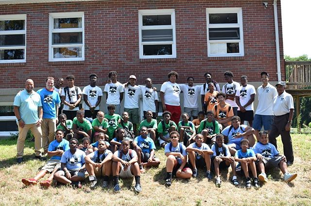 Last month I visited the Black Men of Greater Springfield's summer program, for which we were able to secure funding in the state budget.  What a wonderful group of kids, all coming together to learn, grow, and become contributing members of our community and society.  I am proud to support this great program and organization. They have been providing positive experiences for black youth since 1991 and through the work of President William Zachary and the team there, they will continue to do great things for many years to come!