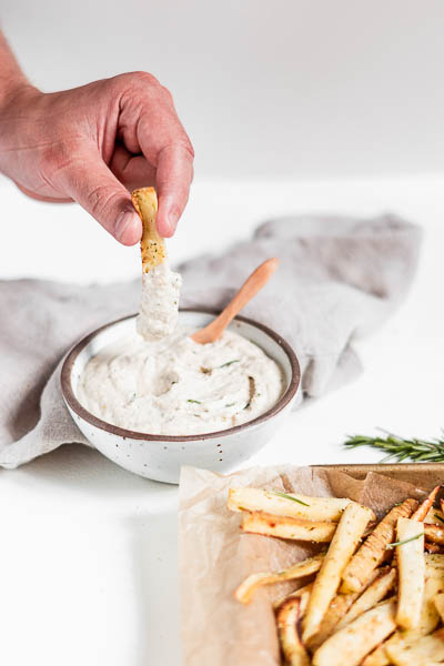 Healthy Paleo Garlic Aioli