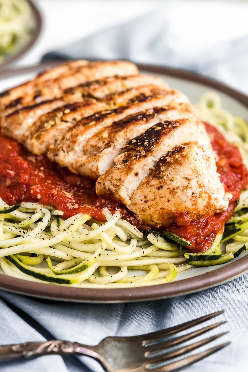 Healthy Chicken Marinara with Zoodles - The Fit Peach