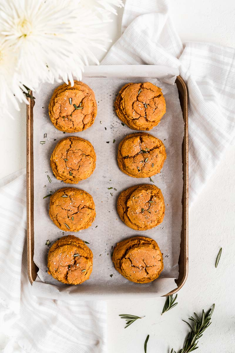 Homemade Paleo Pumpkin Biscuits - The Fit Peach