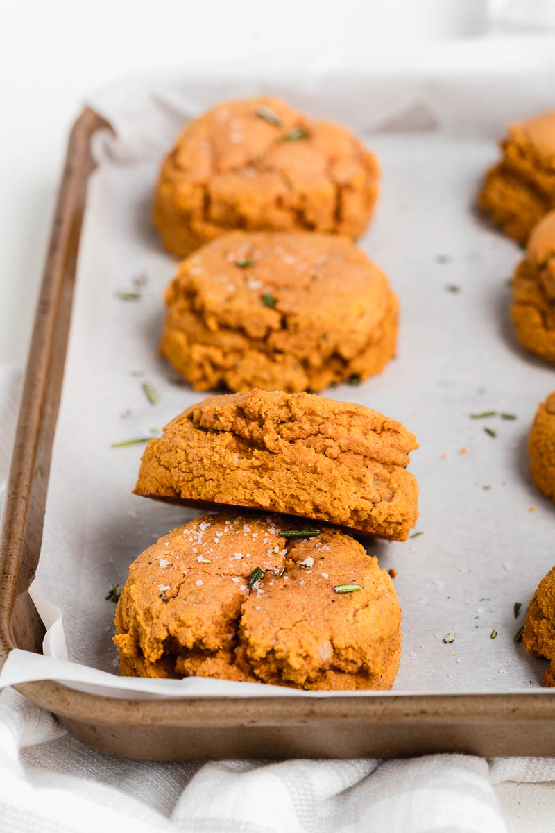 Homemade Paleo Pumpkin Biscuits - The Fit Peach-9.jpg