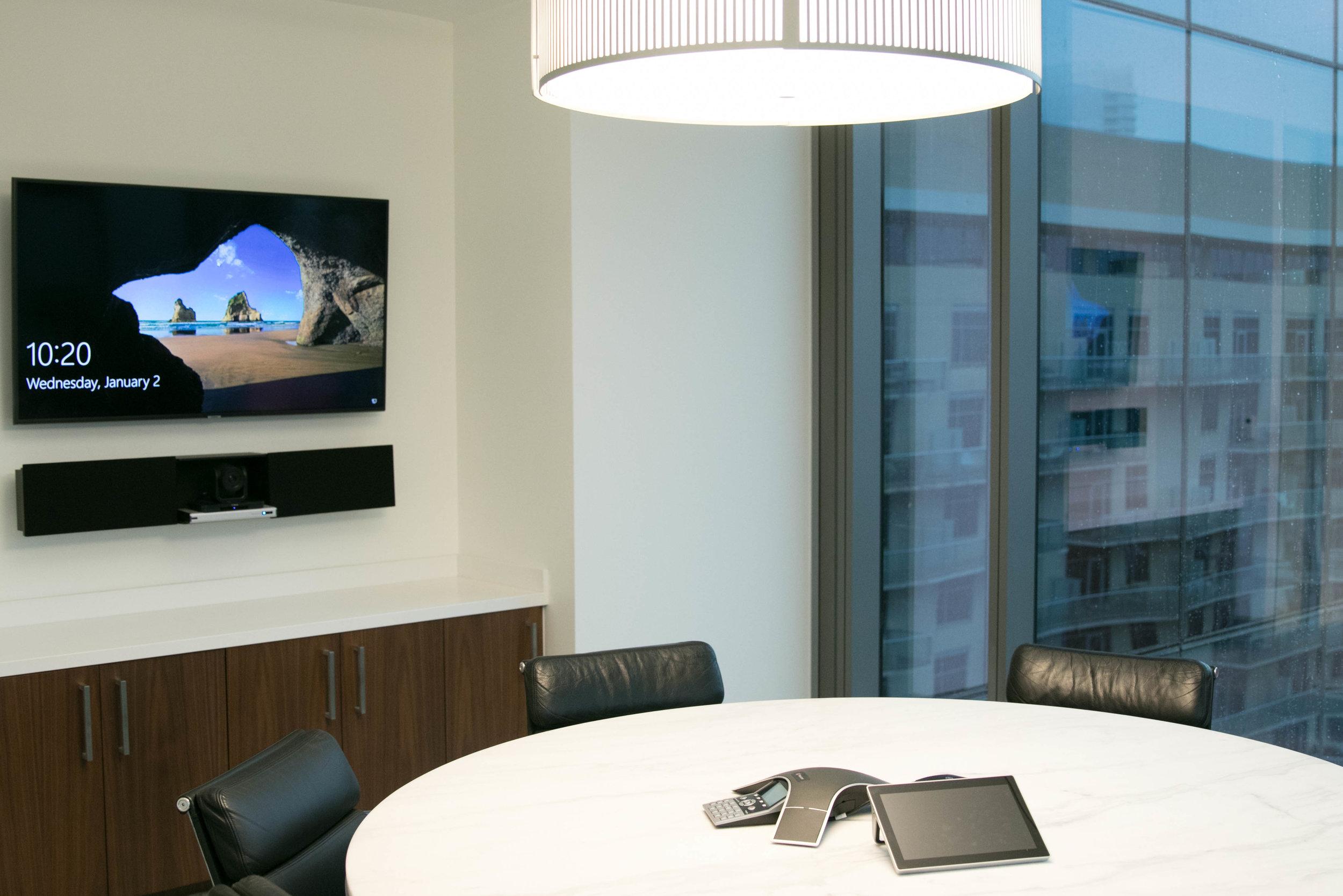 Horizon Interactive soundbar with a built-in videoconferencing camera