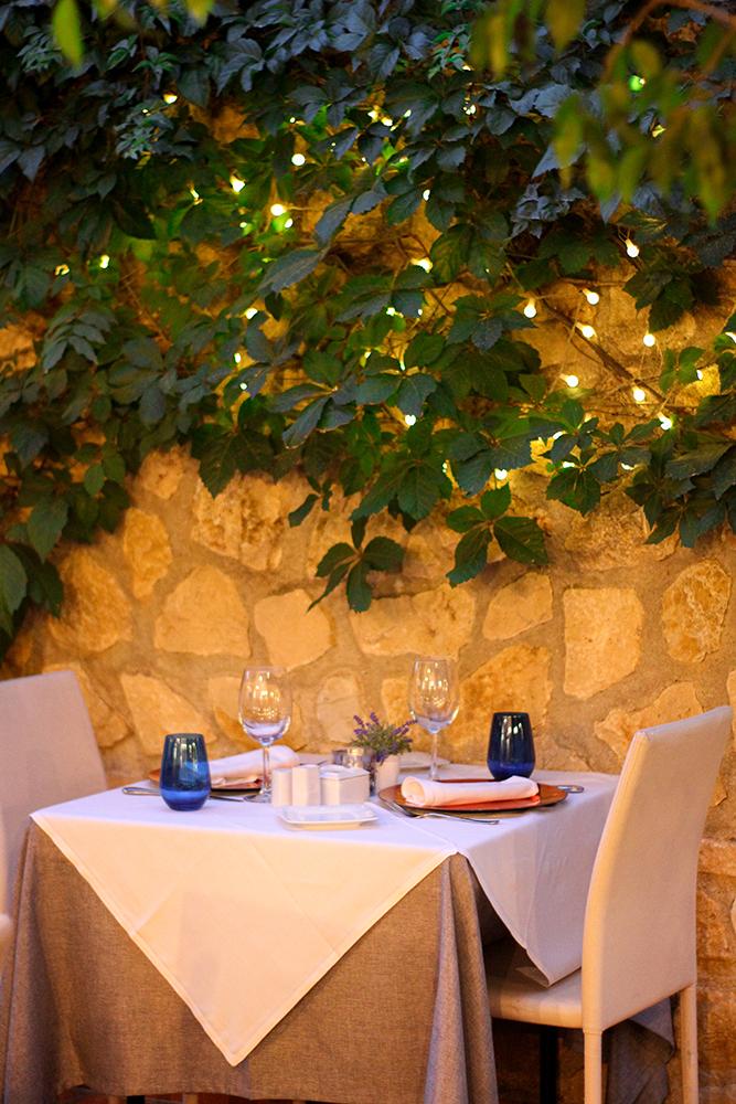 cena romantica en Altea, restaurante oustau de Altea
