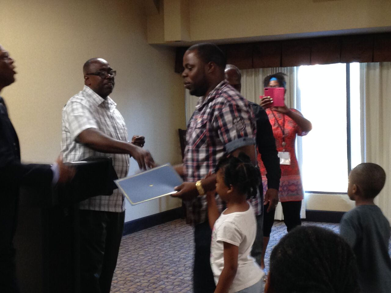 Local Kansas City Dad recognized at 20th Annual International Fatherhood Conference in 2017.
