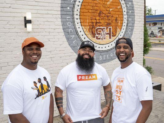 Slim & Husky's: 'Pizza beeria' gives Nashville community a slice of fame