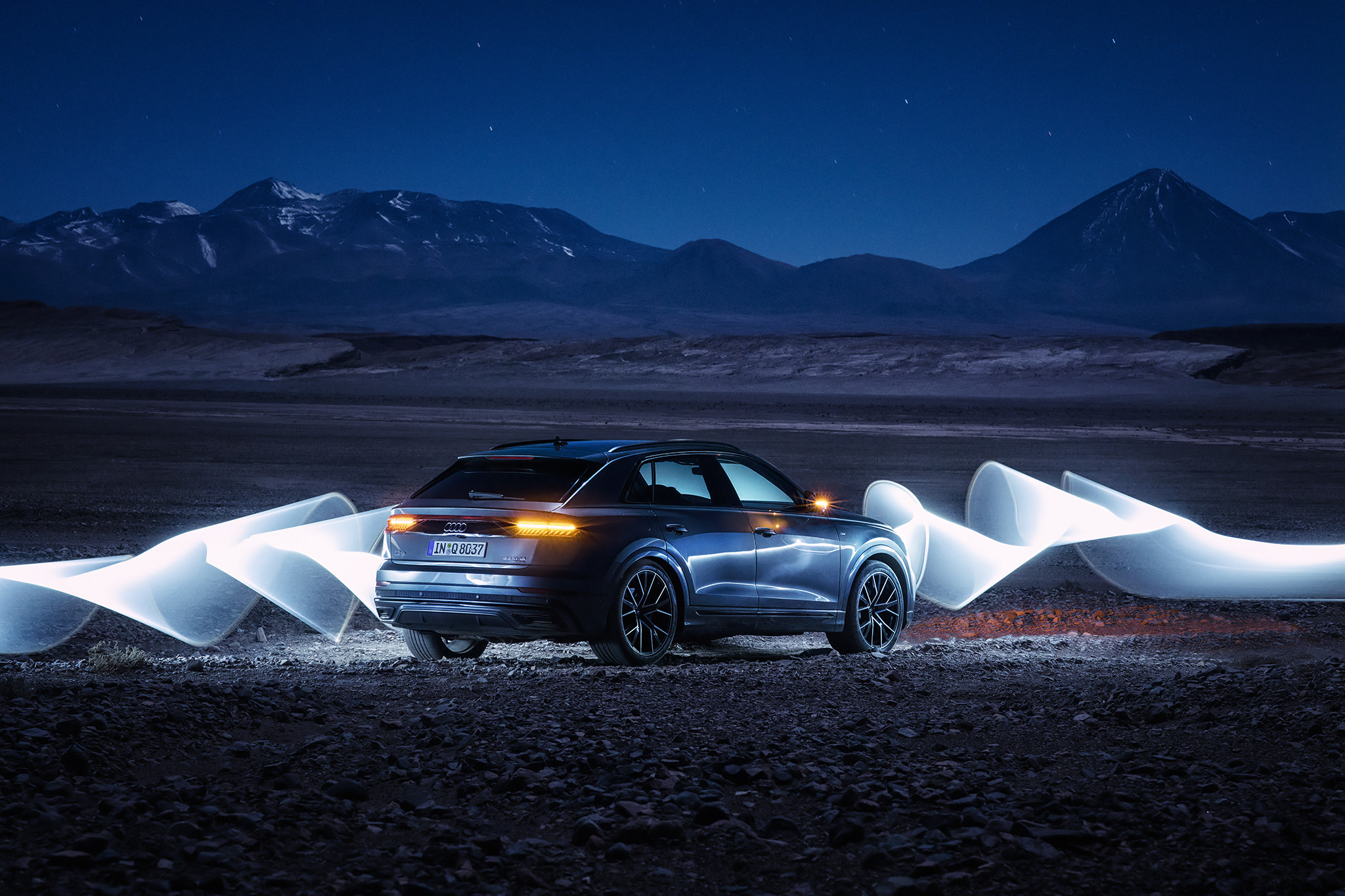 Audi Q8 + light-painting in Atacama, Chile