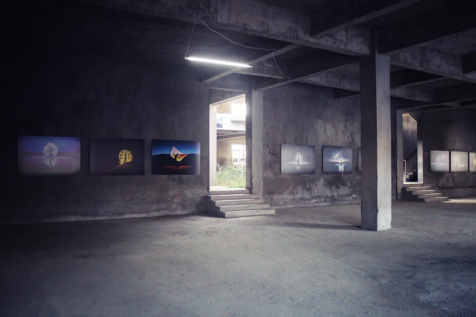 light-painting-exhibition-china-eric-pare-kim-henry-huangshan-international-photography-festival-11th-yixian-3-jpg-p686.jpg