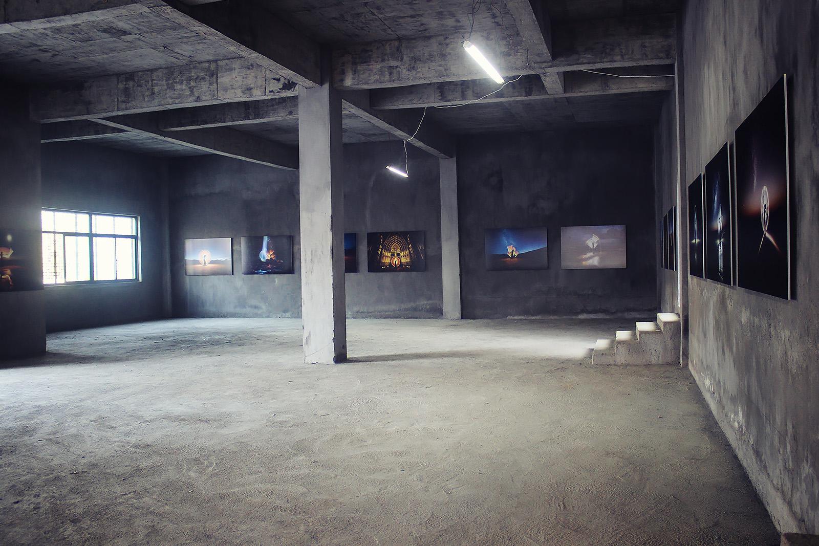 light-painting-exhibition-china-eric-pare-kim-henry-huangshan-international-photography-festival-11th-yixian-4-jpg-g788.jpg