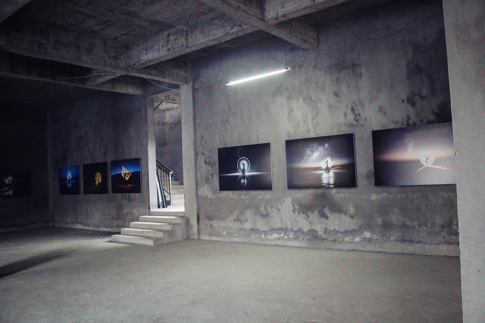 light-painting-exhibition-china-eric-pare-kim-henry-huangshan-international-photography-festival-11th-yixian-6-jpg-3nxp.jpg