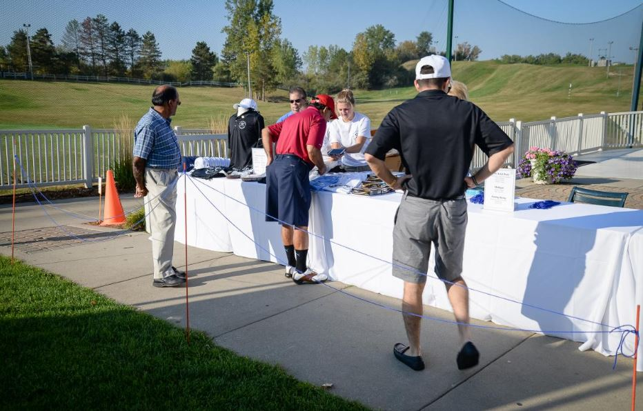 Giving on the Green 18.JPG