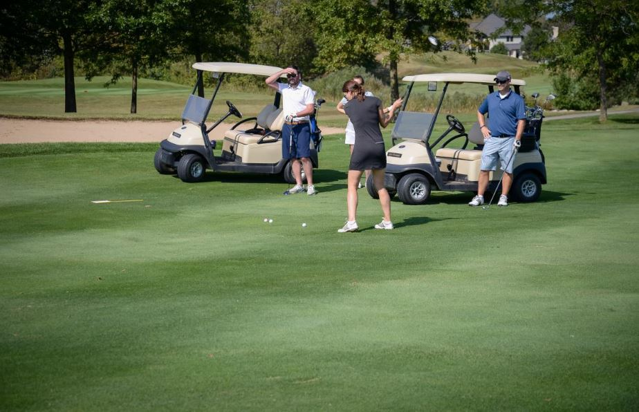 Giving on the Green 26.JPG