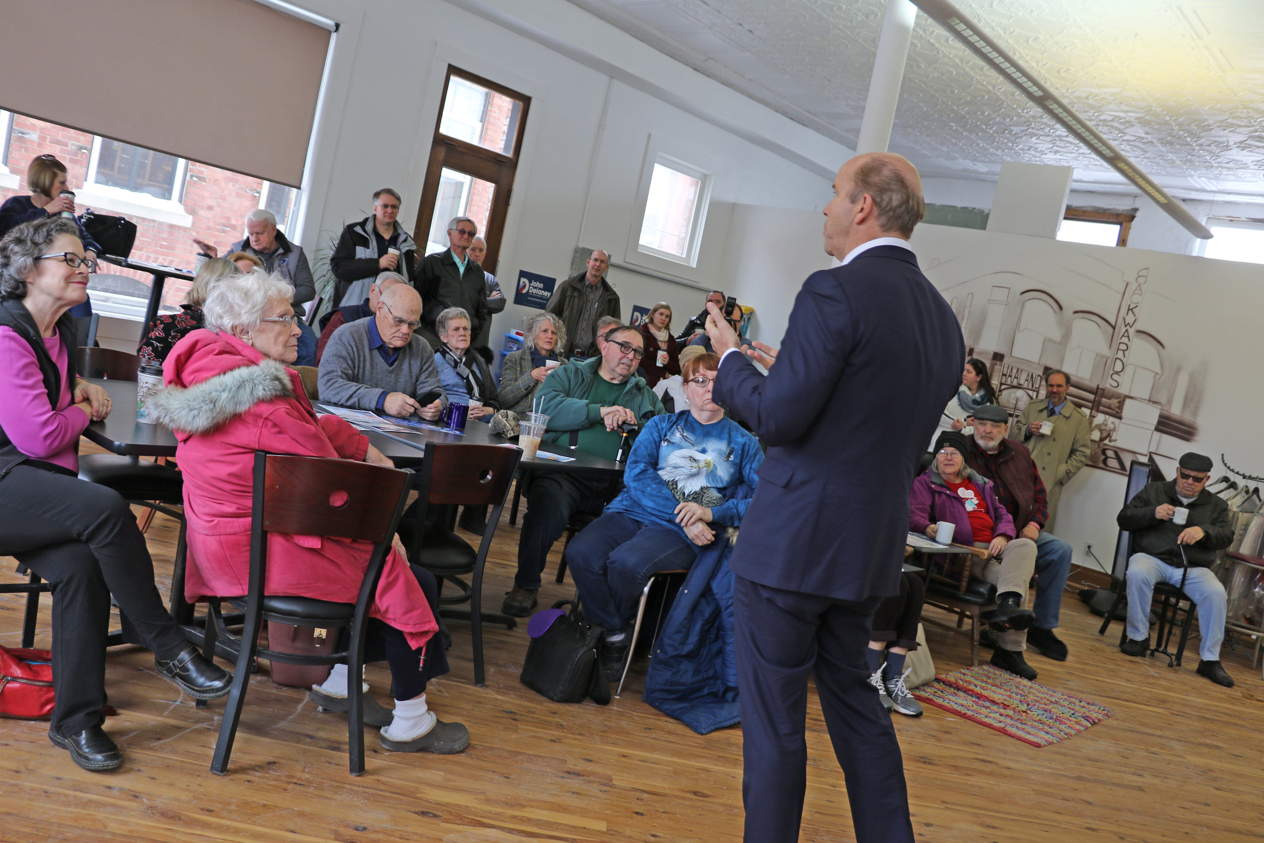 U.S. Presidential candidate john delaney speaks to a crowd gathered at the perry perk Tuesday, FEb. 19.